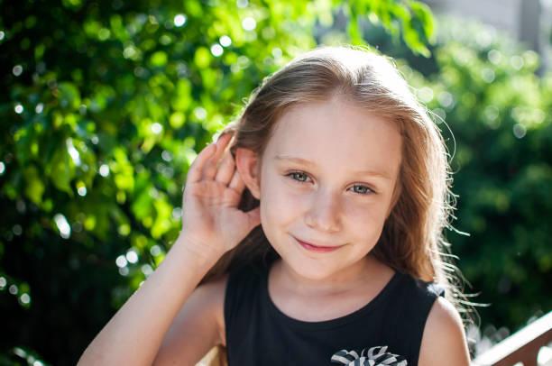 gyermek, fül, hallás